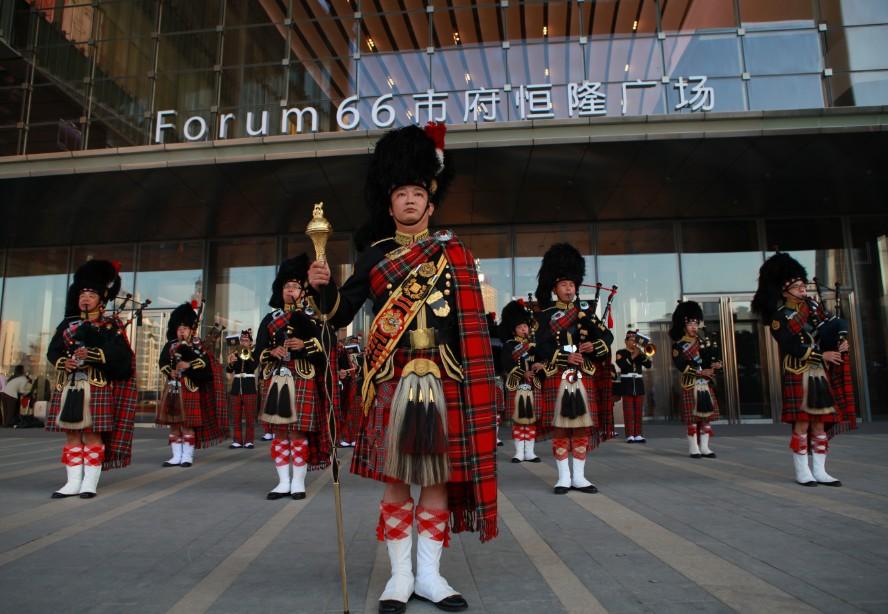 中国苏格兰风笛乐队_《苏格兰风笛乐队》